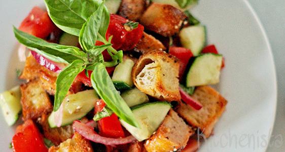 Panzanella – Italiaanse restjessalade met brood