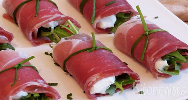 Rolletje van rauwe ham