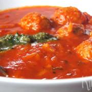 Dikke tomatensoep met ballen