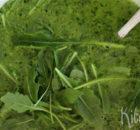 Rucolasoep met groene kruiden