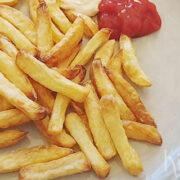 Friet, of patat als jij het zo noemt, uit de airfryer
