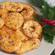 Hartige kerstkoekjes met kruiden en specerijen