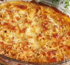 Spaghetti uit de oven met kip, tomaatjes en kaassaus