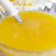 Lemon curd (dikke citroensaus voor bijvoorbeeld gebak)