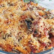 Pasta bake tonijn, sperziebonen en zongedroogde tomaatjes