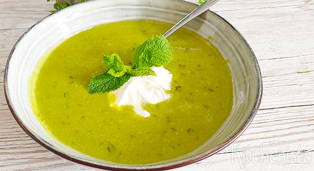 Koude soep met tuinerwten, munt en peterselie