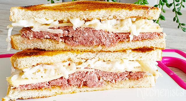 Corned beef sandwiches met kaas en selleriesalade