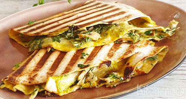 Quesadillas met kip, spinazie en cheddar