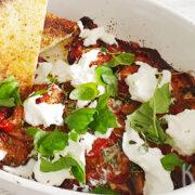 Geroosterde tomaatjes met kruiden en burrata